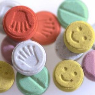 New Technology Lets You Detect Counterfeit Pills With Your Smartphone