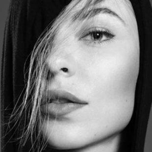 Nina Kraviz responds to criticism over her cornrows