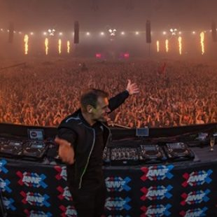 Relive Armin van Buuren's huge performance from AMF 2019 [Video]