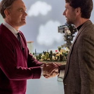 'A Beautiful Day in the Neighborhood' Review: A Movie as Open-Hearted as Mister Rogers