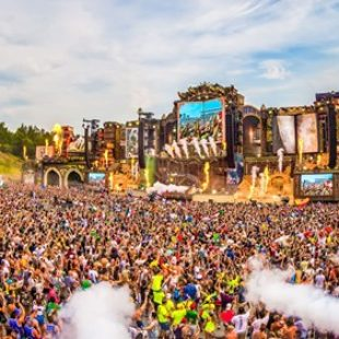 Tomorrowland social media and website goes all black
