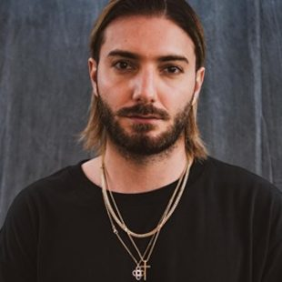 Alesso called out a fan during a Q&A on his Instagram account, after being asked to go back to 'the old Alesso' following his new Dubvision collaboration.